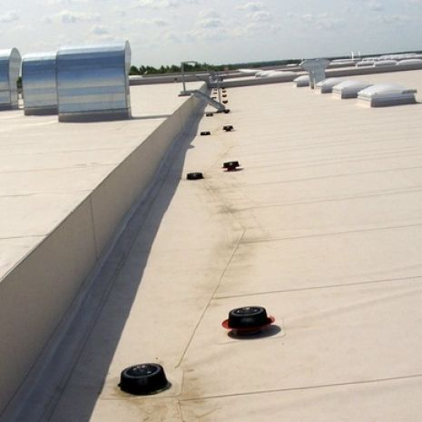SuperDrain: high-performance roof drains for REWE's new logistics centre