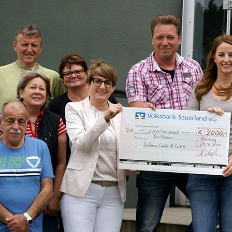 "€2,000 for ""Balthasar"" - Dallmer workforce donates to children's hospice in Olpe"